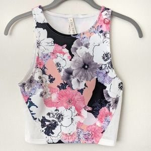 NWT State of Being Blackout Blooms crop top S